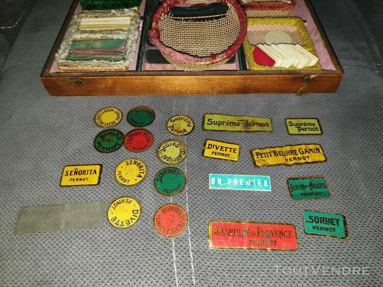 Boîte jeux anciens boston pernot absinthe jetons os et