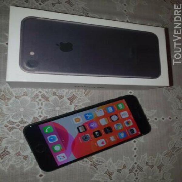 Apple iphone 7 - 32 go - noir (désimlocké)