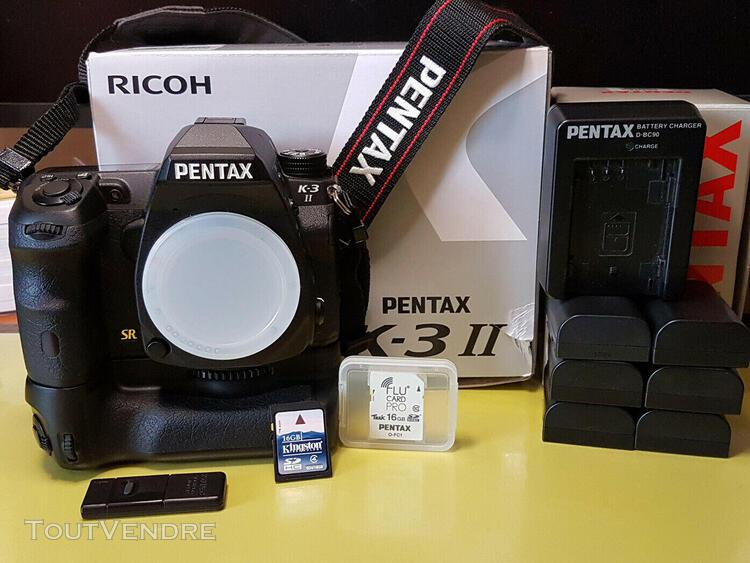 Pentax k3 ii + grip pentax + divers accessoires
