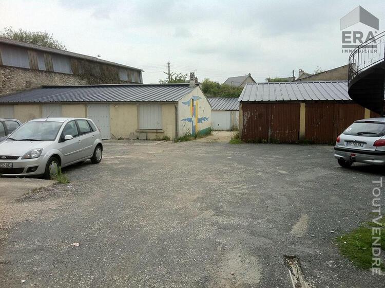Garage a louer - blois - box / garage indépendant ferme