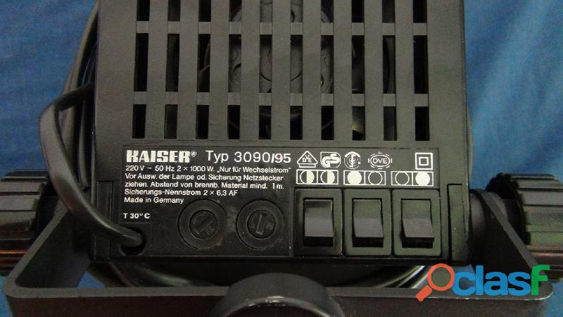 Projecteur kaiser 2 x 1000 w type 3090 95 3