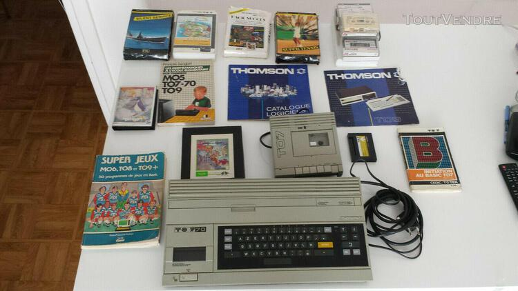 Thomson to7 70 avec livres, jeux et accessoires
