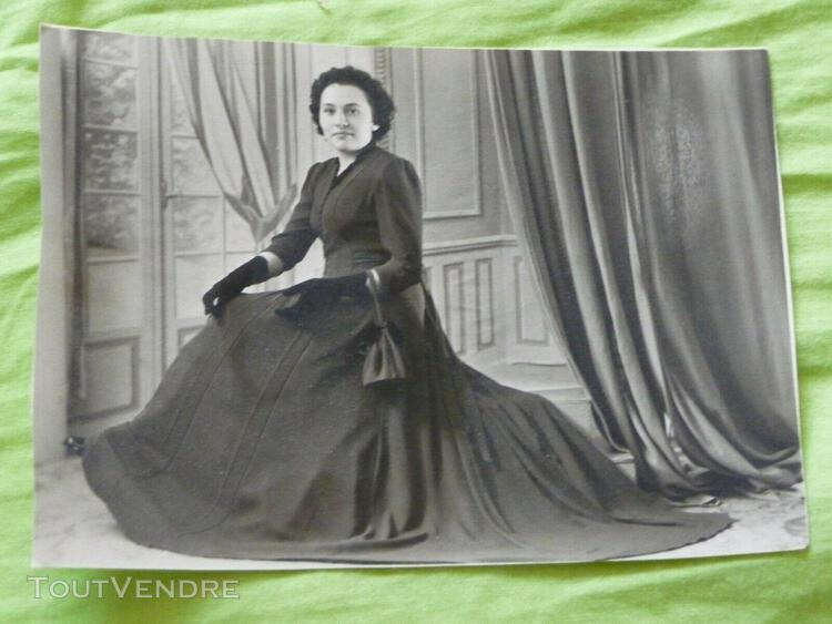 ancienne photo femme année 1940 - vintage