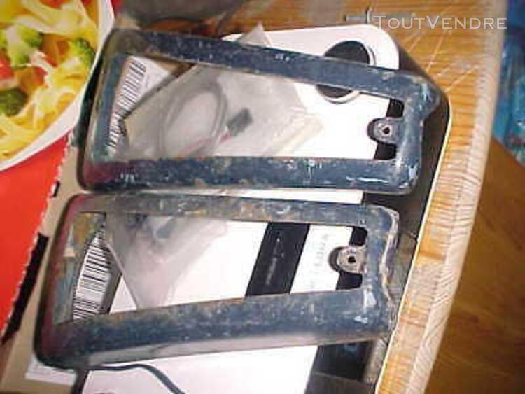 encadrement de feux panhard pl17 a acier coque arrondie