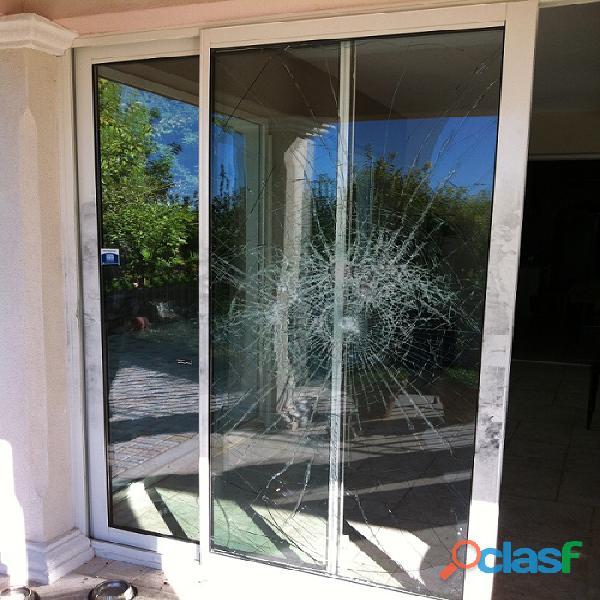 Dépannage/réparation fenêtre,porte,baie vitrée coulissante,volet roulant,porte de garage
