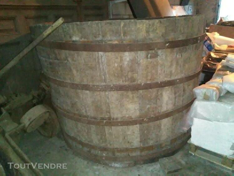 cuve à vin barrique tonneau tub jacuzzi douelles en chene