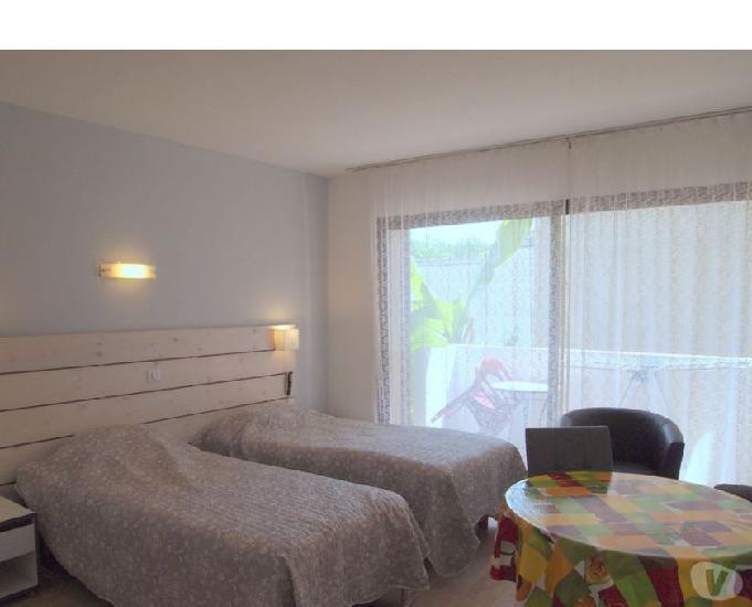 A louer appartement 22 m2 avec terrasse couverte à barbotan