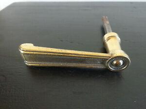 Ancien bouton poignée de de porte en laiton