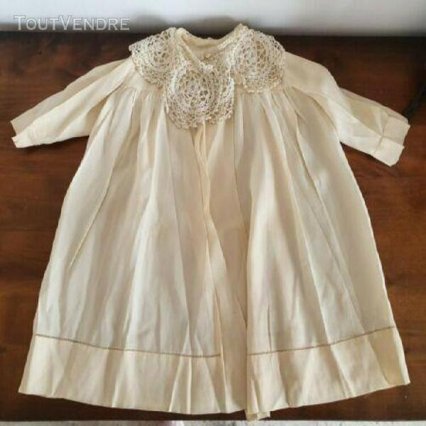 Ancienne manteau en soie pour poupée jumeau ou autres