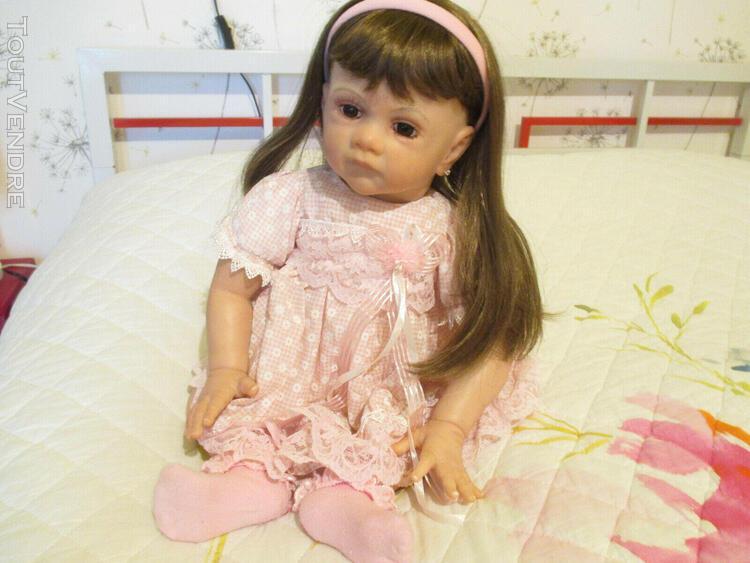 Bébé reborn.jolie poupée issue du kit frida. très