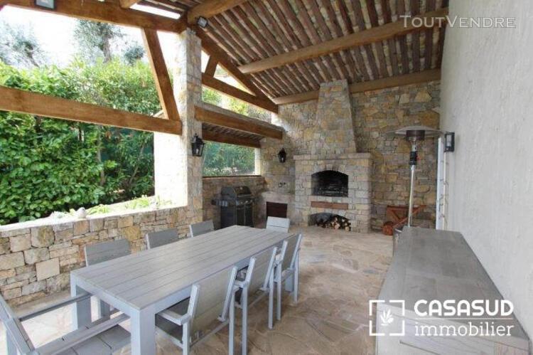 A louer, cannes- vallauris,superbe villa 6 pièces de 210