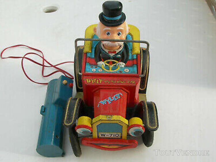 Voiture en tôle willy the walking car année 60