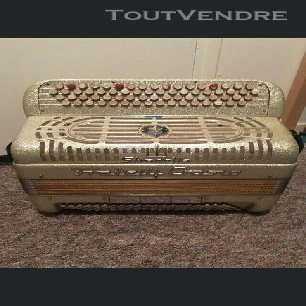 Accordeon fratelli crosio chromatique 120 basses
