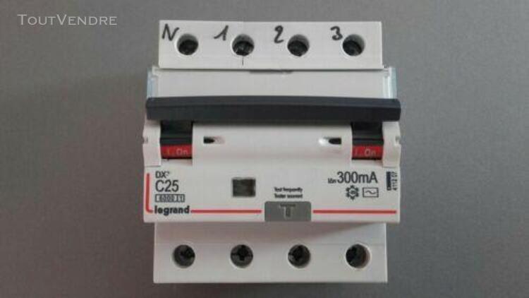 Disjoncteur différentiel legrand dx3 vis- 4p ~ 25a 300ma ty