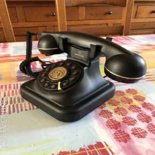 Téléphone vintage brondi