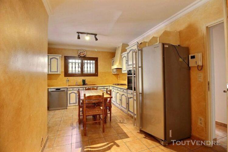 Villa t4 meublée lorgues 102.70m2