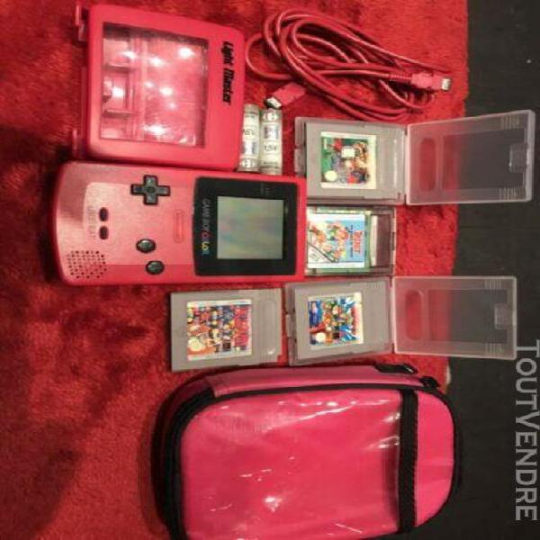 Game boy color rose /piles/4 jeux/sacoche/lightmaster/cable