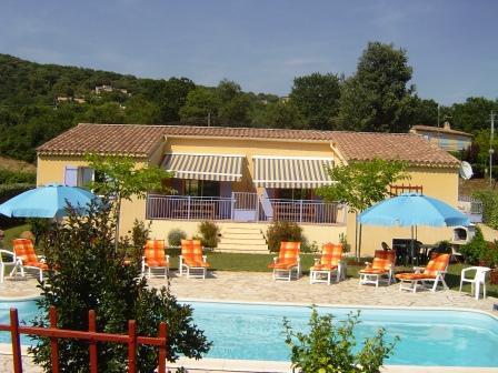 Gorges de l'ardèche,villa,piscine,vue superbe - location
