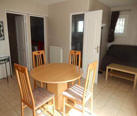 Joli appartement à juvignac - location saisonnière à
