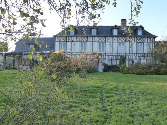 8,2 hectares 8 chambres piscine tennis pont-l'eveque
