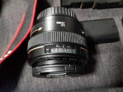 Canon eos 80d avec accessoires