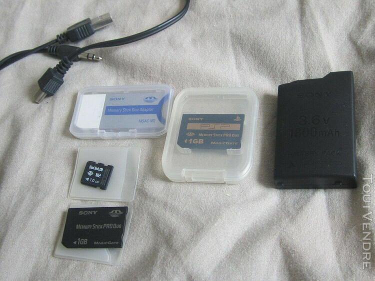 Lot accessoires sony psp adaptateur alim cartes mémoire m2