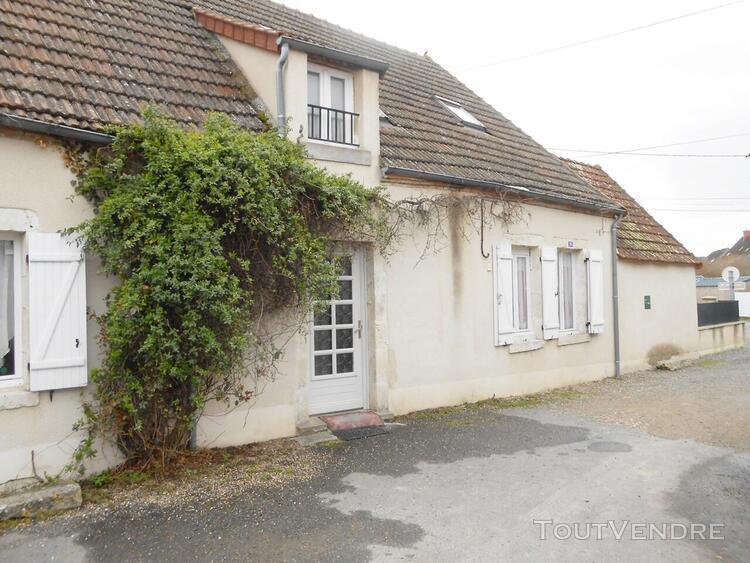 Maison en pierre rénovée 3 ch garage