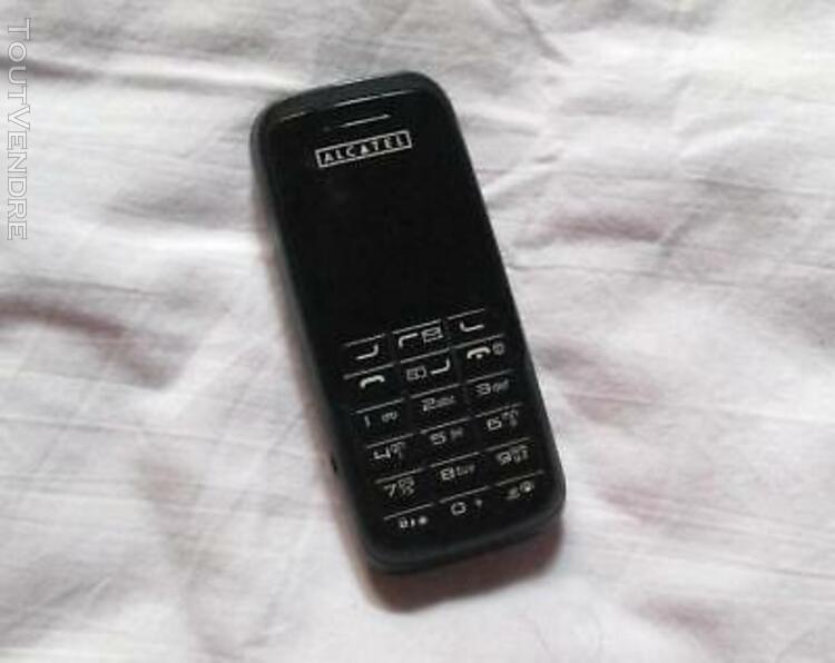 Téléphone gsm alcatel ot-e 207 + boîte d'origine