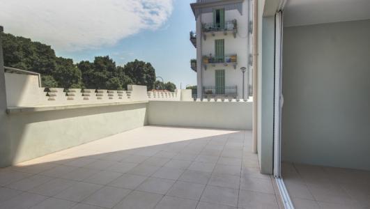Appartement à vendre ajaccio centre ville 4 pièces 113 m2