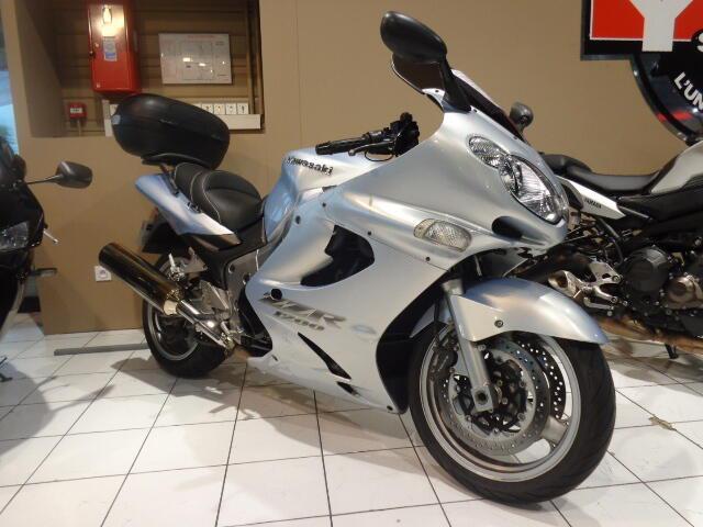 Kawasaki zzr 1200 essence toulouse 31 | 2800 euros 2004
