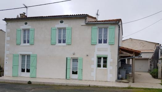 Maison à vendre saint-jean-d'angely entre st jean d'angely