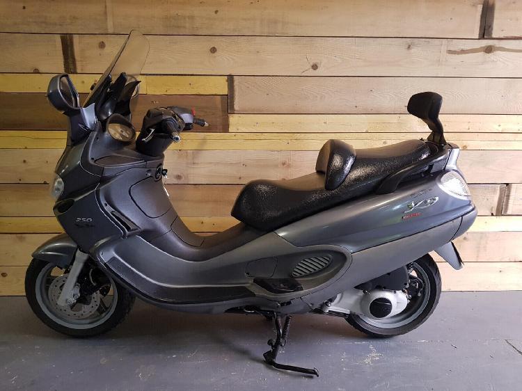 Piaggio x9 essence marseille 06 13 | 1790 euros 2006