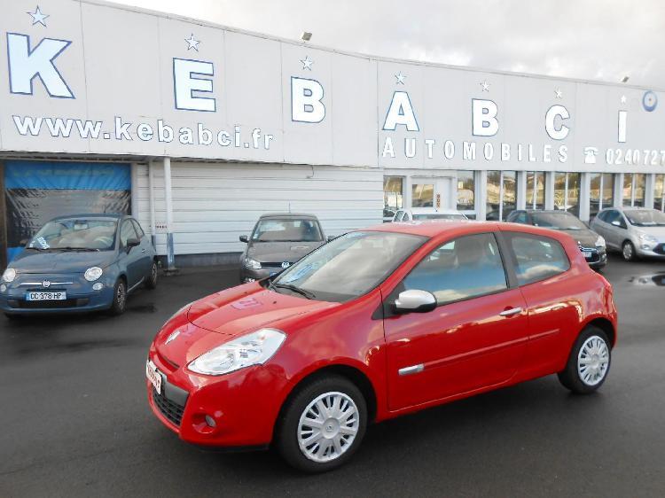 Renault clio 3 essence petit mars 44 | 6790 euros 2013