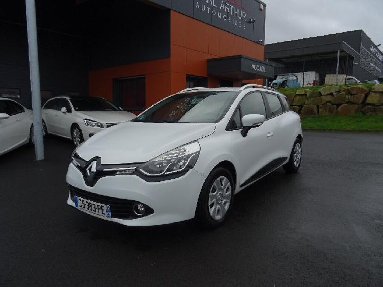 Renault clio estate diesel taden 22   6490 euros 2013