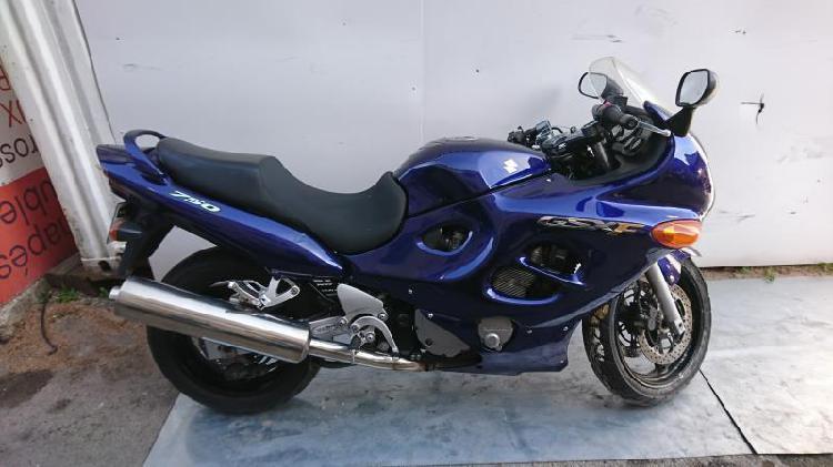 Suzuki gsx essence vitrolles 13 | 695 euros 2004 15949948