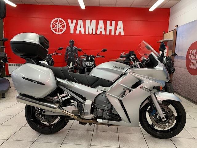 Yamaha fjr essence melun 77   4990 euros 2002 15831966