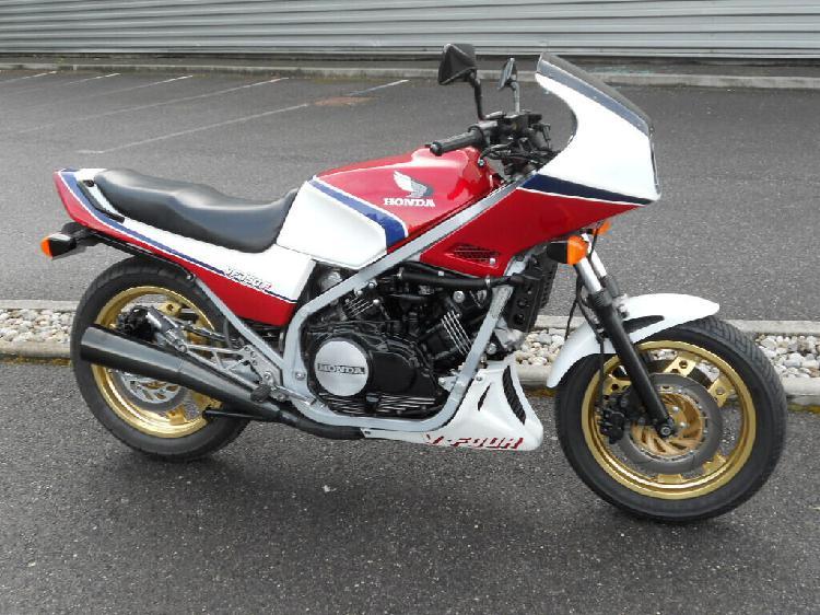 Honda vf 750 f essence anthy sur leman 74 | 4800 euros 1985