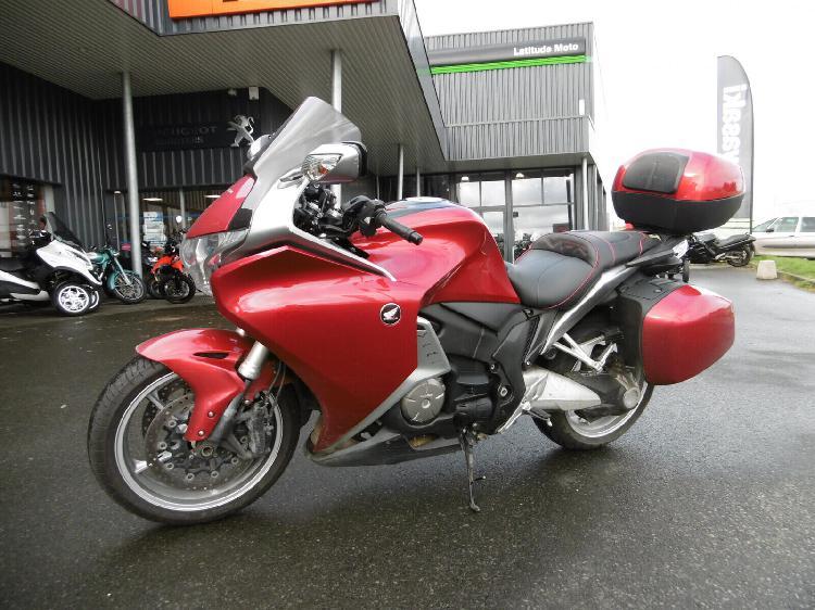 Honda vfr essence tregueux 22 | 6990 euros 2010 15876486