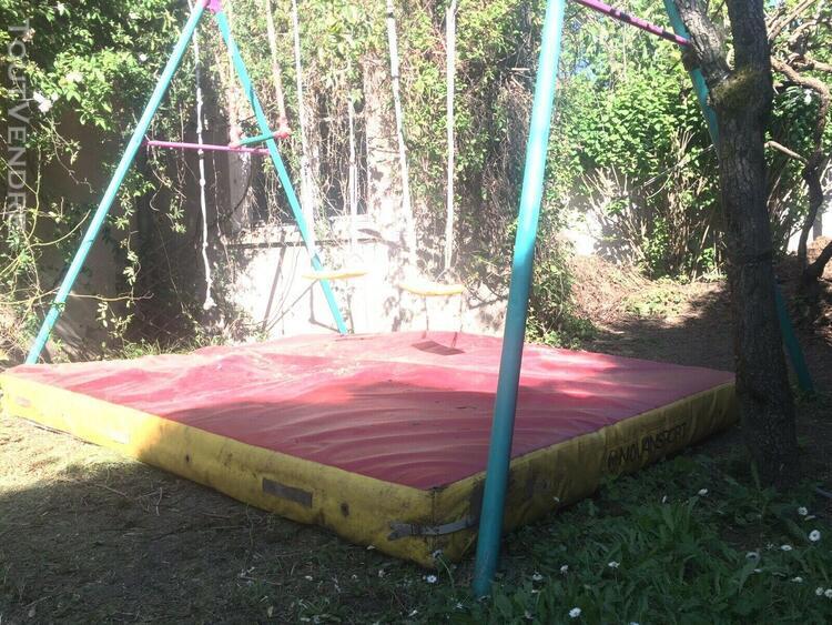 Matelas pour jeux plein air balançoire ou trampoline