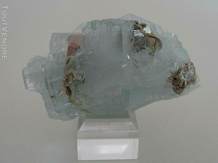 Minéraux de collection ## beryl bleu, aquamarine ##