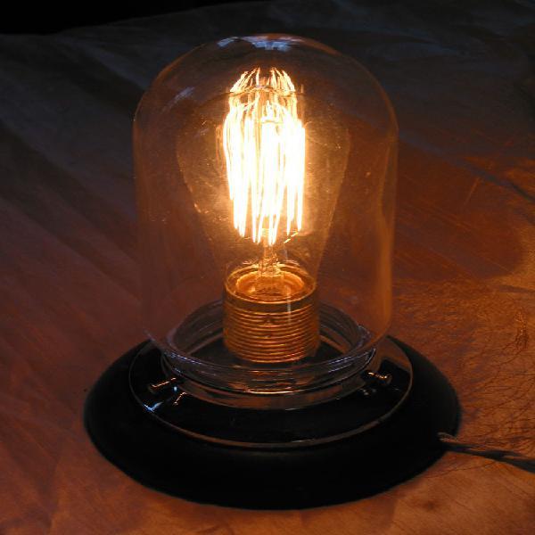 Lampe de marine vintage d'atelier loft globe obus sur socle