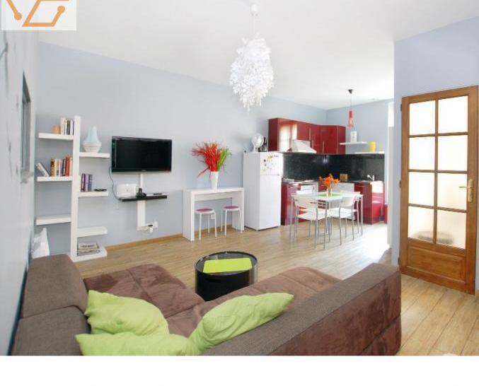 Bel appartement 2 chambres, parking, centre...