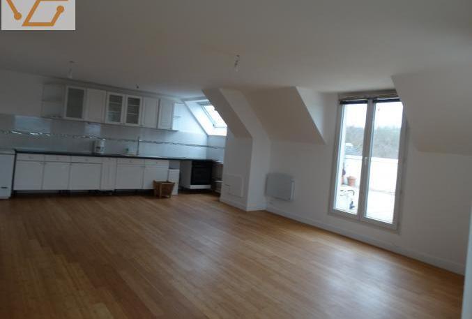 Duplex avec terrasse 40 m2 sans vis a vis