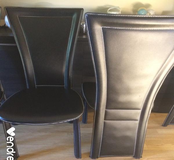Ensemble table ovale en verre + 4 chaises
