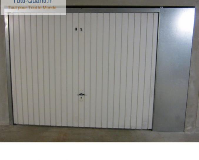 Garage box residence securisee