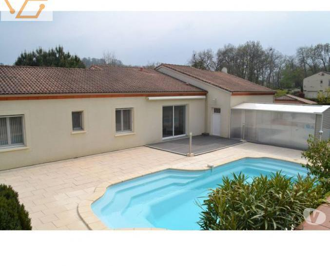 Maison de type 6 140 m2 avec piscine 47360