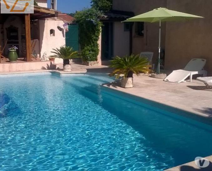 Rdchausse de villa avec piscine