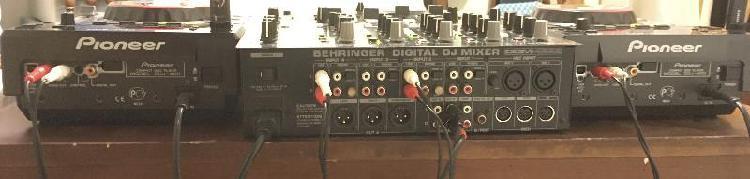 2 platines pioneer cdj 400 + table de mixage ddm 4000 5