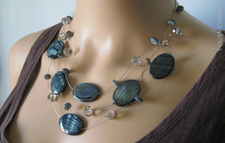 Collier artisanal – belles pierres. hand made multi-strand