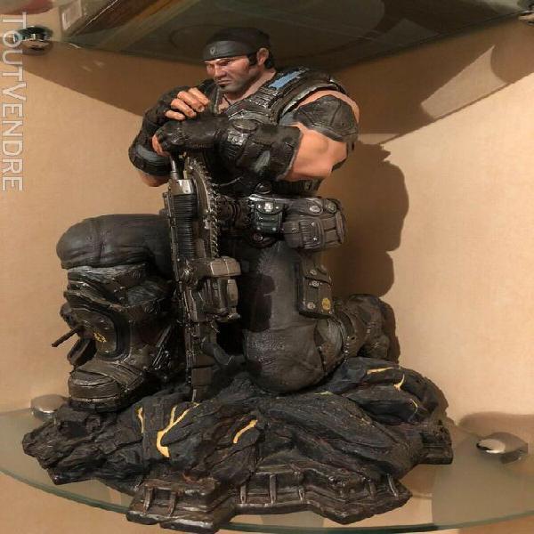 Gears of war 3 - epic edition: statue de marcus fenix 29 cm